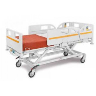 Кровать медицинская электрическая  с принадлежностями в Краснодаре